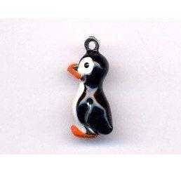 pendente smaltato a forma di pinguino